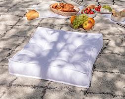 Letni piknik na świeżym powietrzu - zdjęcie od Dekoria.pl - Homebook