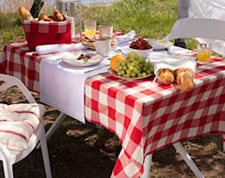 Zdrowy posiłek na świeżym powietrzu - zdjęcie od Dekoria.pl - Homebook