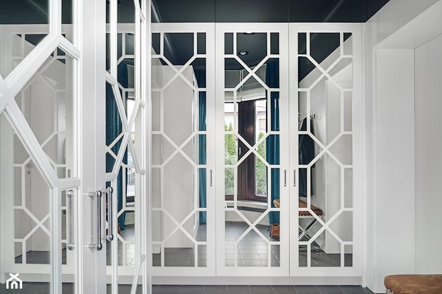 DOM NY konkurs - Garderoba, styl nowojorski - zdjęcie od Republika Architektury