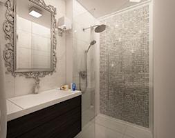 Mieszkanie w stylu glamour - Mała szara łazienka w bloku w domu jednorodzinnym bez okna, styl glamour - zdjęcie od MKdesigner