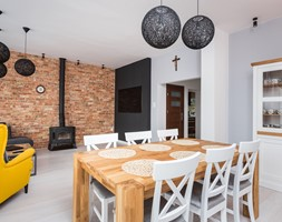 Salon z jadalnią w Raszynie - zdjęcie od AIN projektowanie wnętrz