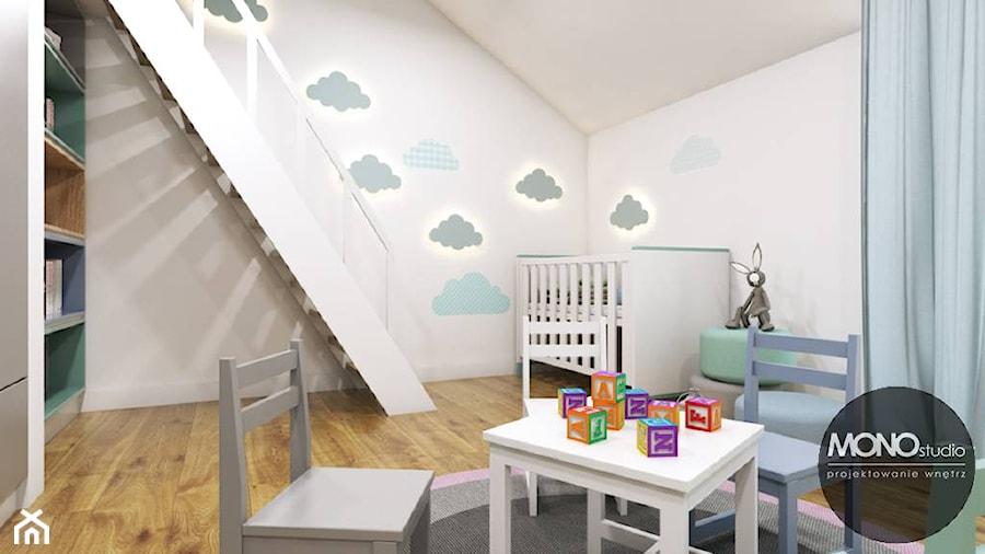 Aranżacje wnętrz - Pokój dziecka: Pokój dziecka w nowoczesnym klimacie - MONOstudio. Przeglądaj, dodawaj i zapisuj najlepsze zdjęcia, pomysły i inspiracje designerskie. W bazie mamy już prawie milion fotografii!