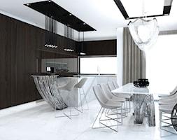 Kuchnia i jadalnia z przewagą bieli - zdjęcie od MONOstudio - Homebook