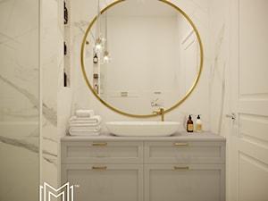 Pastelowa elegancja - Mała biała łazienka w bloku w domu jednorodzinnym bez okna, styl nowojorski - zdjęcie od Idea by Mag.