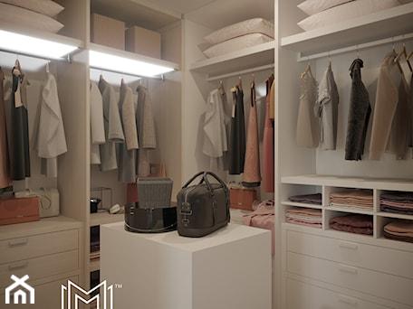 Aranżacje wnętrz - Garderoba: Pastelowa elegancja - Garderoba, styl nowojorski - Idea by Mag.. Przeglądaj, dodawaj i zapisuj najlepsze zdjęcia, pomysły i inspiracje designerskie. W bazie mamy już prawie milion fotografii!