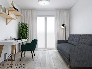 Klatka. - Średnie białe biuro kącik do pracy w pokoju, styl skandynawski - zdjęcie od Idea by Mag.
