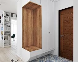 Klatka. - Mały biały hol / przedpokój, styl prowansalski - zdjęcie od Idea by Mag.