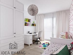 Prowansalskie marzenie - Średni biały pokój dziecka dla dziewczynki dla ucznia dla nastolatka, styl prowansalski - zdjęcie od Idea by Mag.
