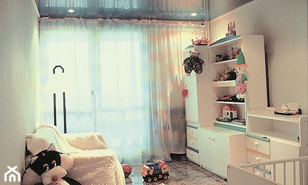 sufit napinany w pokoju dziecka