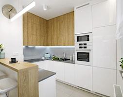 Kuchnia+Biel+i+Drewno+-+zdj%C4%99cie+od+Klaudia+Tworo+Projektowanie+Wn%C4%99trz