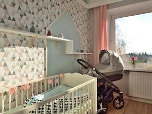 Mieszkanie w stylu skandynawskim - Średni biały szary pastelowy różowy niebieski pokój dziecka dla dziewczynki dla niemowlaka, styl skandynawski - zdjęcie od Koncept Beautiful Inside inż. Szymon Kamiński