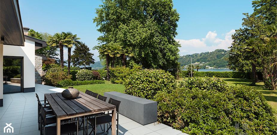 Beton w domu i ogrodzie – jak dobierać kostkę brukową i płyty?