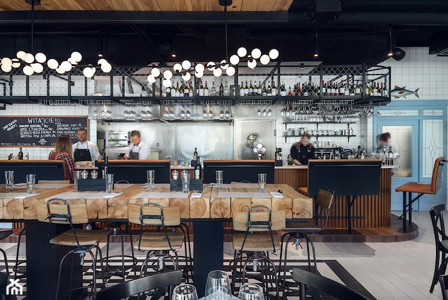 Seafood Station - Wnętrza publiczne, styl industrialny - zdjęcie od SIKORA