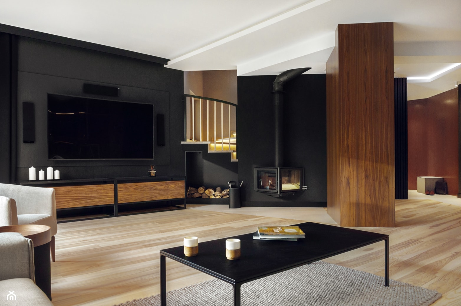 Dom IV - Duży czarny salon, styl nowoczesny - zdjęcie od SIKORA WNĘTRZA - Homebook