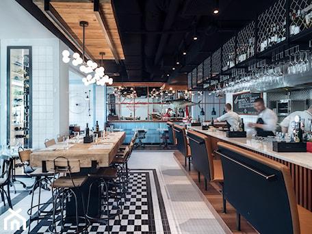 Aranżacje wnętrz - Wnętrza publiczne: Seafood Station - Wnętrza publiczne, styl industrialny - SIKORA WNĘTRZA. Przeglądaj, dodawaj i zapisuj najlepsze zdjęcia, pomysły i inspiracje designerskie. W bazie mamy już prawie milion fotografii!
