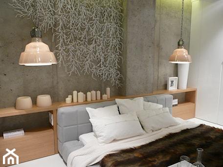 Aranżacje wnętrz - Sypialnia: apartament pokazowy Hossa - emDesign home & decoration. Przeglądaj, dodawaj i zapisuj najlepsze zdjęcia, pomysły i inspiracje designerskie. W bazie mamy już prawie milion fotografii!