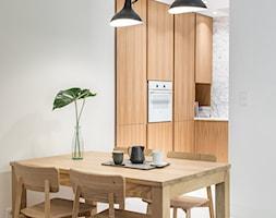 Carrara - Jadalnia, styl minimalistyczny - zdjęcie od emDesign home & decoration - Homebook
