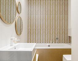 Nowe Orłowo 3 - Gdynia - Mała szara łazienka na poddaszu w bloku w domu jednorodzinnym bez okna, styl nowoczesny - zdjęcie od Anna Maria Sokołowska Architektura Wnętrz (dawniej Pracownia Projektowa Dragon Art )