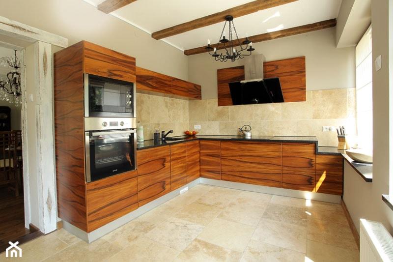 Metamorfoza domu z lat 50' - Kuchnia - zdjęcie od Pracownia Projektowa Jinako - Homebook