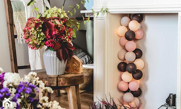 bukiet liści jesiennych dekoracje