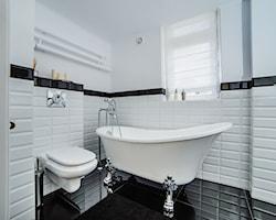Biała łazienka - aranżacje, pomysły, inspiracje