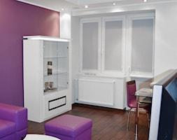 Mieszkanie w stylu Glamour - Mały fioletowy salon, styl glamour - zdjęcie od Pixellence