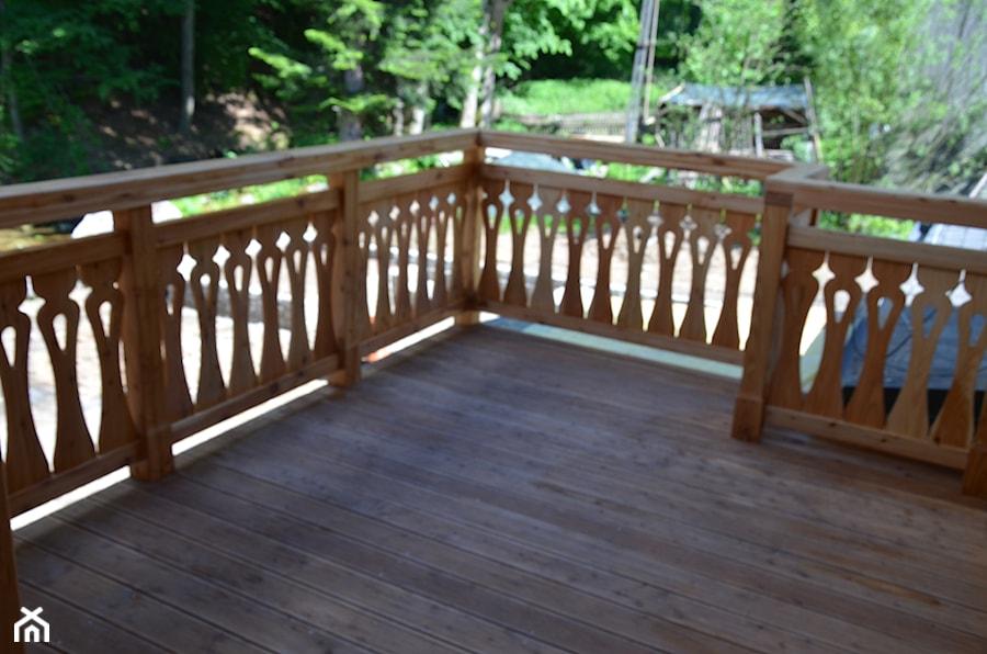 Elewacja Balkony Balustrady Drewniane Taras Styl
