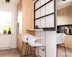 ciepło c z a r n e M2 na Ratajach _ 46 m2 - Kuchnia, styl nowoczesny - zdjęcie od LaskowskaWnętrza - Homebook