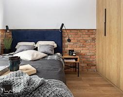 ciepło c z a r n e M2 na Ratajach _ 46 m2 - Sypialnia, styl nowoczesny - zdjęcie od LaskowskaWnętrza - Homebook
