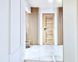 Mieszkanie Mistrzejowice - Kraków 2020 - Hol / przedpokój, styl nowoczesny - zdjęcie od NOVI art Pracownia projektowa - Homebook