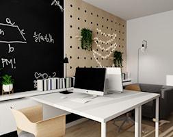 Mieszkanie we Wrocławiu - Średnie czarne białe biuro domowe w pokoju, styl nowoczesny - zdjęcie od KP Pure Form