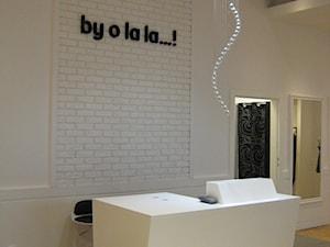 """Sklep odzieżowy """"by o la la..."""" - zdjęcie od Studio A"""