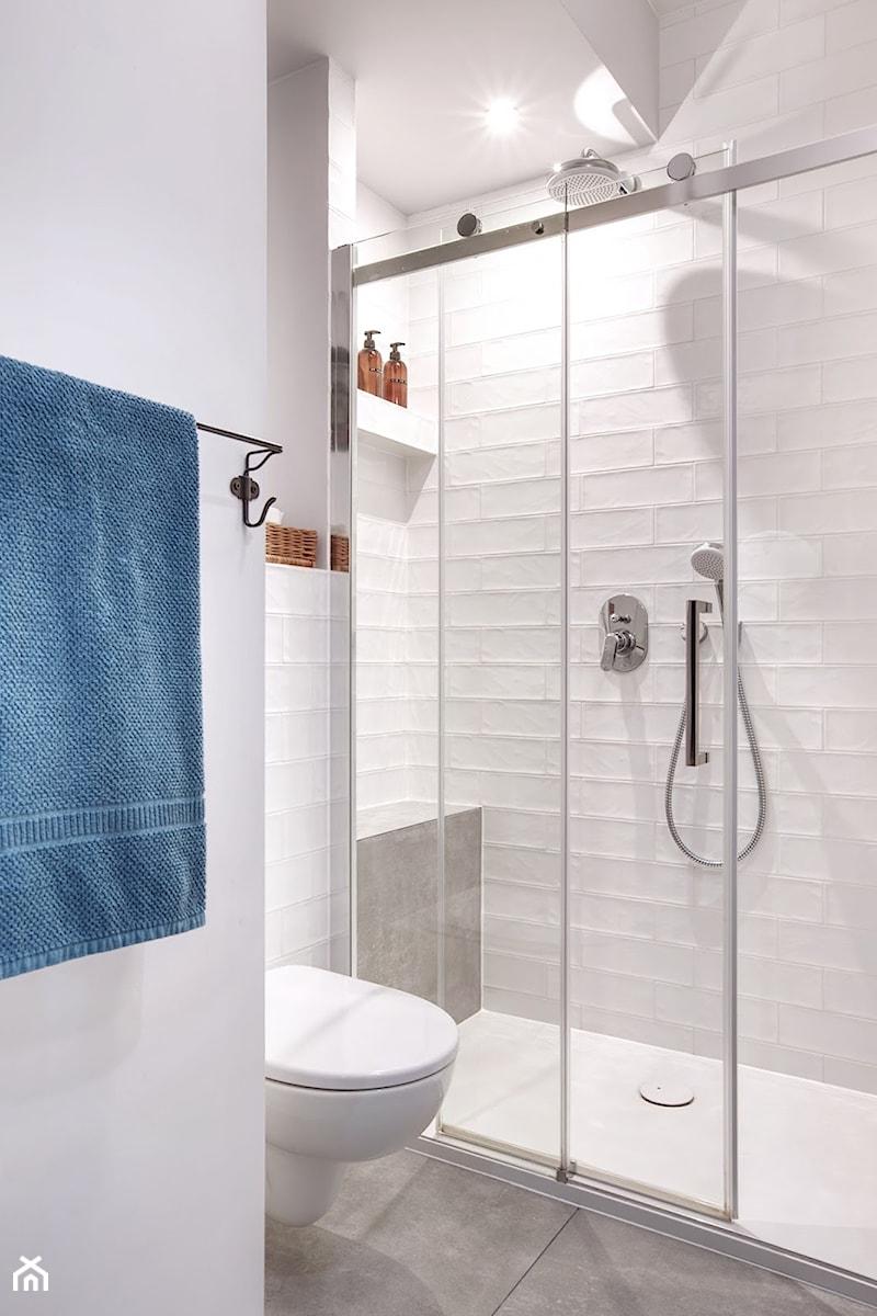 Prysznic Z Brodzikiem Zdjęcie Od Piotr Motrenko Homebook
