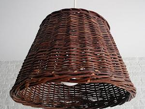 Jak zrobić lampy z koszy wiklinowych?