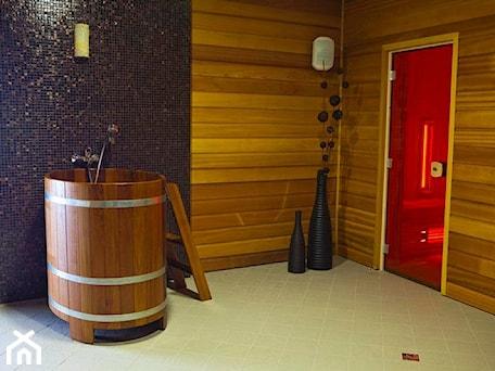 Aranżacje wnętrz - Wnętrza publiczne: Hotel Mistral Sport Gniewino - 3BSTUDIO. Przeglądaj, dodawaj i zapisuj najlepsze zdjęcia, pomysły i inspiracje designerskie. W bazie mamy już prawie milion fotografii!