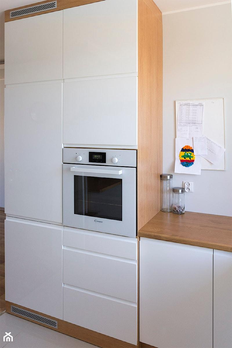Kuchnia z barkiem  zdjęcie od Komodo -> Kuchnia Z Barkiem
