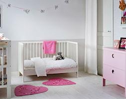 Pokój dziecka IKEA - Średni biały beżowy pokój dziecka dla chłopca dla dziewczynki dla niemowlaka - zdjęcie od IKEA