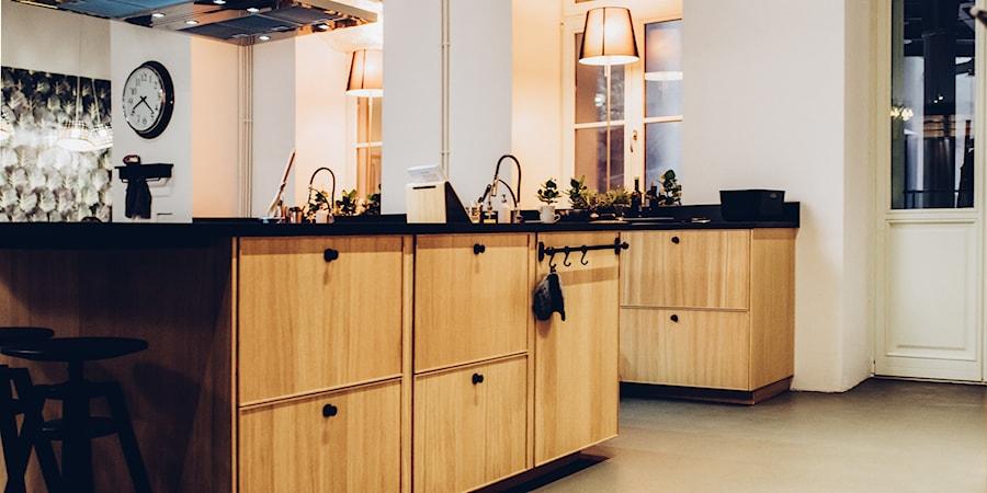 Kuchnia Spotkan Ikea Srednia Otwarta Biala Kuchnia Jednorzedowa Z