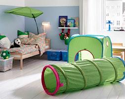 Pokój dziecka IKEA - Średni biały pastelowy niebieski pokój dziecka dla chłopca dla dziewczynki dla malucha - zdjęcie od IKEA