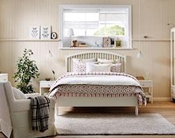 Sypialnia IKEA - Duża sypialnia małżeńska, styl prowansalski - zdjęcie od IKEA