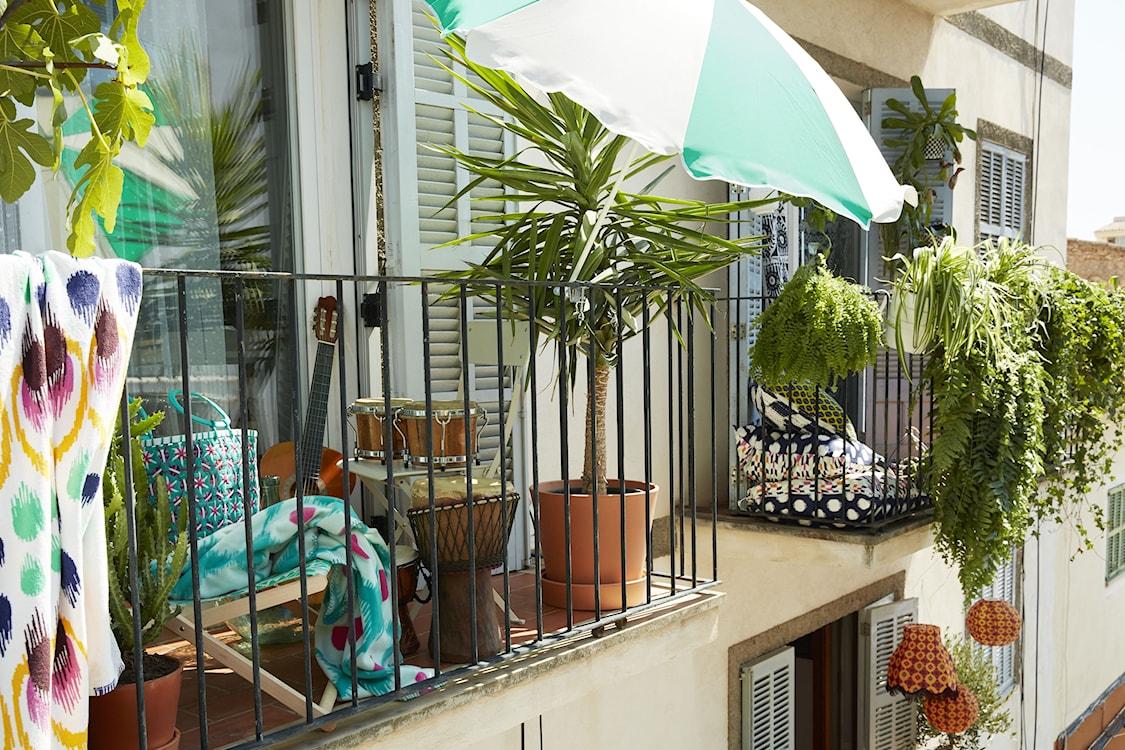 balkony pełne kwiatów, jak urządzić balkon