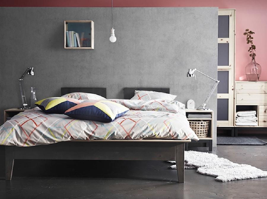 Sypialnia IKEA - Średnia kolorowa sypialnia dla gości - zdjęcie od IKEA