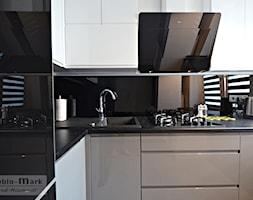 .4 - Mała otwarta kuchnia w kształcie litery l w aneksie, styl nowoczesny - zdjęcie od Meble Wiśniewski MEBLO-MARK