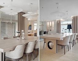 Elegancki dom pod Warszawą - Średnia otwarta biała beżowa jadalnia w kuchni w salonie - zdjęcie od Katarzyna Kraszewska Architektura Wnętrz