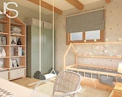 Pokój dziecka w domu z bali - Średni szary zielony pokój dziecka dla chłopca dla dziewczynki dla ucznia dla nastolatka, styl rustykalny - zdjęcie od Draft Nook Studio Daria Gołębiowska