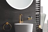 nablatowa umywalka, złota bateria łazienkowa