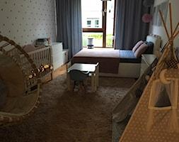 Pokój księżniczki :) - Średni szary pokój dziecka dla chłopca dla dziewczynki dla rodzeństwa dla niemowlaka dla malucha, styl nowoczesny - zdjęcie od Joanna Pòłtorak-Surowiecka