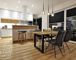 Dom Jednorodzinny Katowice - Duża otwarta biała jadalnia w kuchni, styl nowoczesny - zdjęcie od MARTA PAWLAK ARCHITEKTURA WNĘTRZ