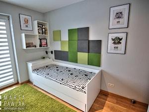 Pokoje młodzieżowe - realizacja - Mały szary pokój dziecka dla chłopca dla malucha dla nastolatka, styl nowoczesny - zdjęcie od MARTA PAWLAK ARCHITEKTURA WNĘTRZ