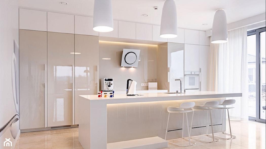 Matowe czy w połysku? Wybieramy fronty do kuchni  Homebook pl -> Kuchnia Polysk Kawa Z Mlekiem